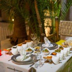 Отель Riad Les Oudayas Марокко, Фес - отзывы, цены и фото номеров - забронировать отель Riad Les Oudayas онлайн питание фото 2