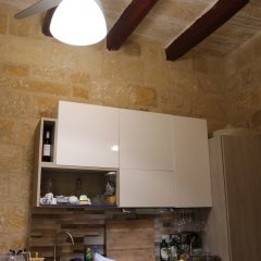 Отель Corto Maltese Guest House в номере