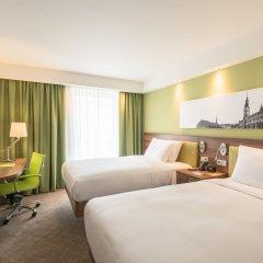 Отель Hampton by Hilton Munich City West Германия, Мюнхен - 1 отзыв об отеле, цены и фото номеров - забронировать отель Hampton by Hilton Munich City West онлайн комната для гостей фото 2