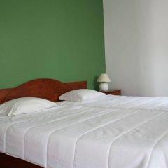 Отель Alcides Португалия, Понта-Делгада - отзывы, цены и фото номеров - забронировать отель Alcides онлайн комната для гостей фото 3