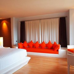 Отель The Chalet Phuket Resort Таиланд, Пхукет - отзывы, цены и фото номеров - забронировать отель The Chalet Phuket Resort онлайн комната для гостей фото 3