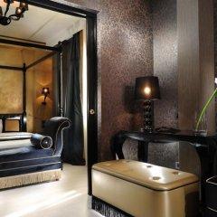 Отель Carnival Palace Hotel Италия, Венеция - отзывы, цены и фото номеров - забронировать отель Carnival Palace Hotel онлайн сейф в номере