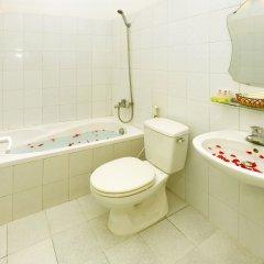 Отель Hanoi Old Quarter Hostel Вьетнам, Ханой - отзывы, цены и фото номеров - забронировать отель Hanoi Old Quarter Hostel онлайн ванная фото 2