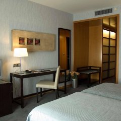 Hotel Macia Real de la Alhambra удобства в номере