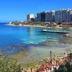 Отель Modern Seaview Apartment In a Prime Location Мальта, Слима - отзывы, цены и фото номеров - забронировать отель Modern Seaview Apartment In a Prime Location онлайн пляж