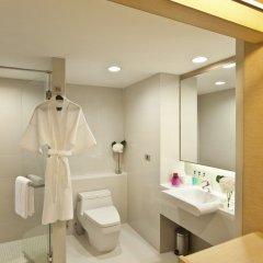 Отель Glow Pratunam Бангкок ванная фото 2
