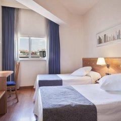 Отель Acta Antibes Барселона комната для гостей фото 4