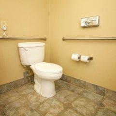 Отель Holiday Inn Express & Suites Ashland ванная