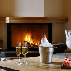 Отель Aspen Alpine Lifestyle Hotel Швейцария, Гриндельвальд - отзывы, цены и фото номеров - забронировать отель Aspen Alpine Lifestyle Hotel онлайн интерьер отеля фото 2
