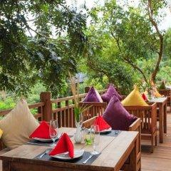 Mayura Hill Hotel & Resort питание фото 2