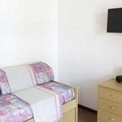 Отель Camping Zocco Centro Vacanze Манерба-дель-Гарда удобства в номере