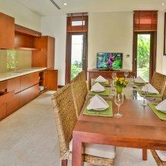 Отель Secret Garden Villas-Furama Beach Danang в номере