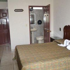 Отель Costa Brava Мексика, Гвадалахара - отзывы, цены и фото номеров - забронировать отель Costa Brava онлайн комната для гостей фото 3