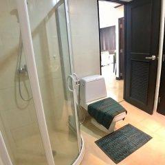Отель Twin Peaks Sukhumvit Suites Бангкок ванная фото 2