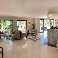 Moonshine Hotel & Suites интерьер отеля фото 2