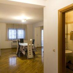 Отель SMS Apartments Черногория, Будва - отзывы, цены и фото номеров - забронировать отель SMS Apartments онлайн с домашними животными