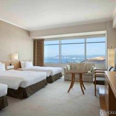 Отель Hilton Fukuoka Sea Hawk Япония, Фукуока - отзывы, цены и фото номеров - забронировать отель Hilton Fukuoka Sea Hawk онлайн комната для гостей фото 5