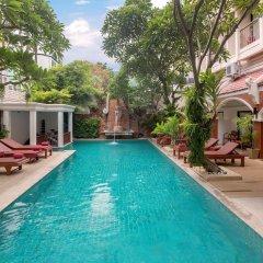 Отель New Patong Premier Resort бассейн фото 2