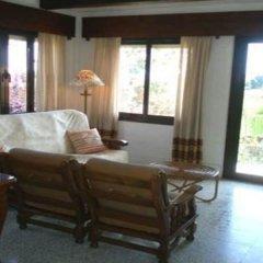 Отель Villa in Blanes - 104827 by MO Rentals Испания, Бланес - отзывы, цены и фото номеров - забронировать отель Villa in Blanes - 104827 by MO Rentals онлайн комната для гостей фото 4