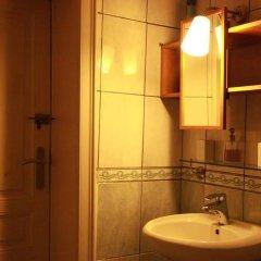 Отель Guest House Heysel Atomium Бельгия, Брюссель - отзывы, цены и фото номеров - забронировать отель Guest House Heysel Atomium онлайн ванная