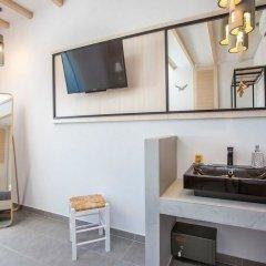 Отель Alexander Studios & Suites - Adults Only удобства в номере фото 4