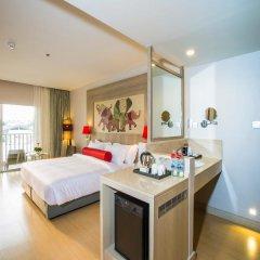 Отель Ramada by Wyndham Phuket Deevana Patong Стандартный номер с различными типами кроватей
