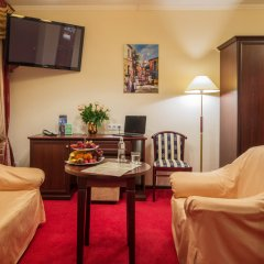 Гостиница Салют 4* Стандартный номер с двуспальной кроватью фото 3