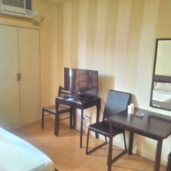 Отель Green Suites at Bel Air Soho Филиппины, Макати - отзывы, цены и фото номеров - забронировать отель Green Suites at Bel Air Soho онлайн удобства в номере фото 2