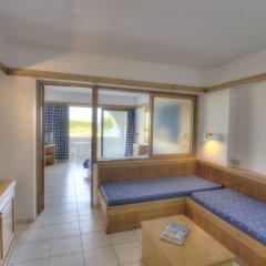 Alfa Beach Hotel комната для гостей