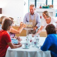 Отель Red & Breakfast Бельгия, Льеж - отзывы, цены и фото номеров - забронировать отель Red & Breakfast онлайн питание