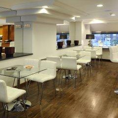 Отель Abbot Испания, Барселона - 10 отзывов об отеле, цены и фото номеров - забронировать отель Abbot онлайн гостиничный бар