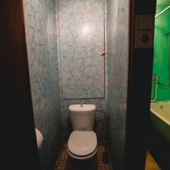 Гостиница 1-J Tushinskij Proezd 8 Apartments в Москве отзывы, цены и фото номеров - забронировать гостиницу 1-J Tushinskij Proezd 8 Apartments онлайн Москва ванная
