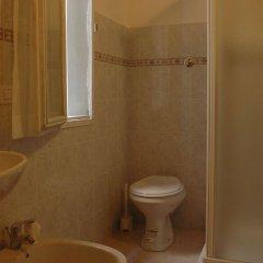 Отель Guest House Santambrogio Италия, Флоренция - отзывы, цены и фото номеров - забронировать отель Guest House Santambrogio онлайн ванная