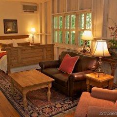 Отель Simpson House Inn комната для гостей