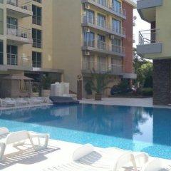 Отель Elizabeth Apartments Болгария, Поморие - отзывы, цены и фото номеров - забронировать отель Elizabeth Apartments онлайн бассейн фото 2