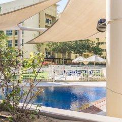 Отель DHH - Al Alka бассейн