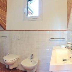 Отель Villa Il Grotto - 3 Br Villa Вербания ванная