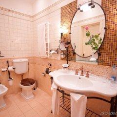 Гостиница Опера Отель Украина, Киев - 7 отзывов об отеле, цены и фото номеров - забронировать гостиницу Опера Отель онлайн ванная
