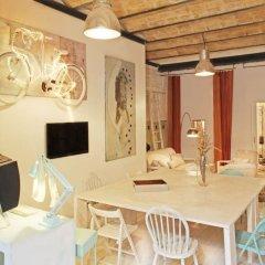 Отель Pink House Барселона комната для гостей фото 4