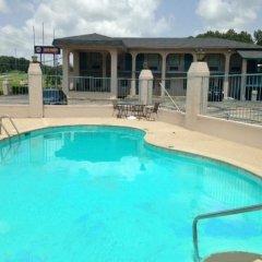 Отель America`s Best Inn Vicksburg США, Виксбург - отзывы, цены и фото номеров - забронировать отель America`s Best Inn Vicksburg онлайн бассейн фото 2