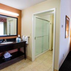 Отель Hampton Inn & Suites Effingham США, Эффингем - отзывы, цены и фото номеров - забронировать отель Hampton Inn & Suites Effingham онлайн ванная