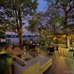 Отель Riva Surya Bangkok гостиничный бар