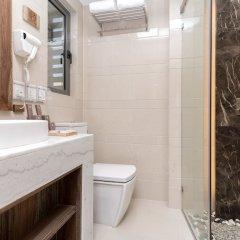 Отель Samann Grand Мальдивы, Мале - отзывы, цены и фото номеров - забронировать отель Samann Grand онлайн ванная фото 2