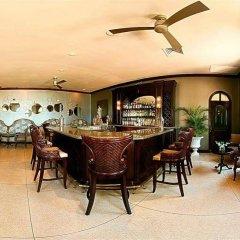 Отель Sandcastles Jamaica Beach Resort Ocho Rios гостиничный бар