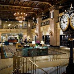 Fairmont Royal York Hotel гостиничный бар
