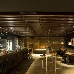 Отель Jaz Amsterdam Амстердам гостиничный бар