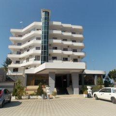 Hotel Mediterrane парковка