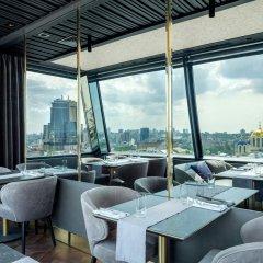 Дизайн-отель 11 Mirrors Киев гостиничный бар