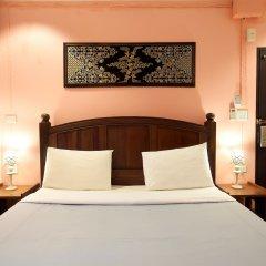 Отель Baan Sutra Guesthouse Пхукет комната для гостей фото 5