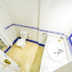 Отель Villamartin-Golf T.Experience Испания, Ориуэла - отзывы, цены и фото номеров - забронировать отель Villamartin-Golf T.Experience онлайн ванная